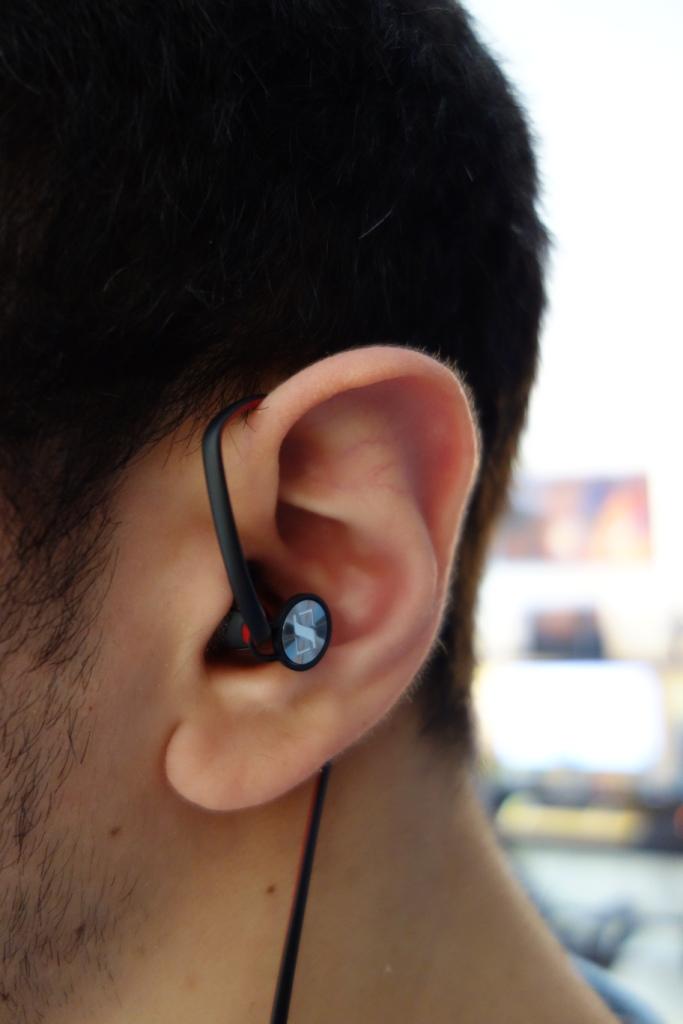 sennheiser momentum in ear over the ear totally dubbed